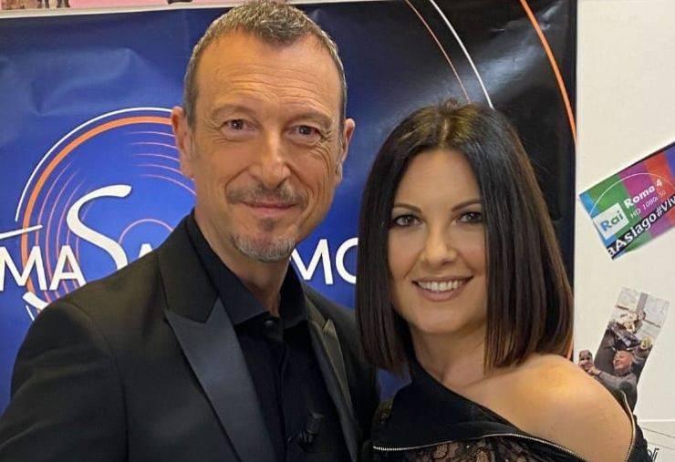 Amadeus, spunta la foto del passato con sua moglie Giovanna: ecco come sono cambiati in questi anni