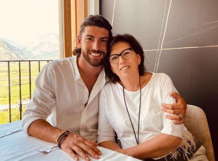 Avete mai visto la madre di Ignazio Moser? Spunta la foto su instagram, insieme sono bellissimi