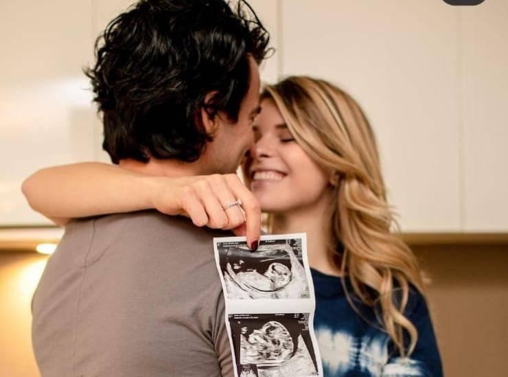 L'amatissimo ex insegnante di Amici l'ha appena annunciato: diventerà padre per la seconda volta!