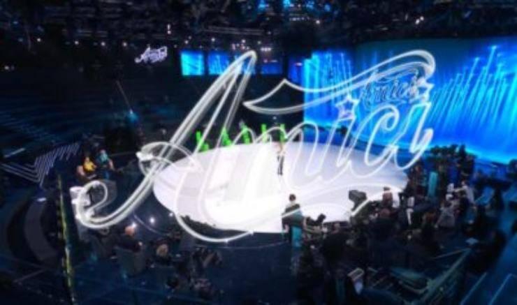 Anticipazioni Amici 2021, puntata di sabato 27 marzo: chi è l'eliminato, e il ballottaggio finale tra due amatissimi cantanti