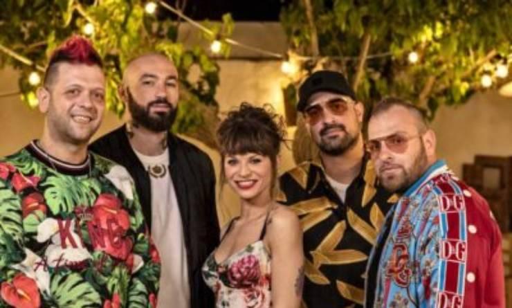 L'amatissimo gruppo musicale Boomdabash è oggi conosciutissimo: ma qual è il significato del loro nome?