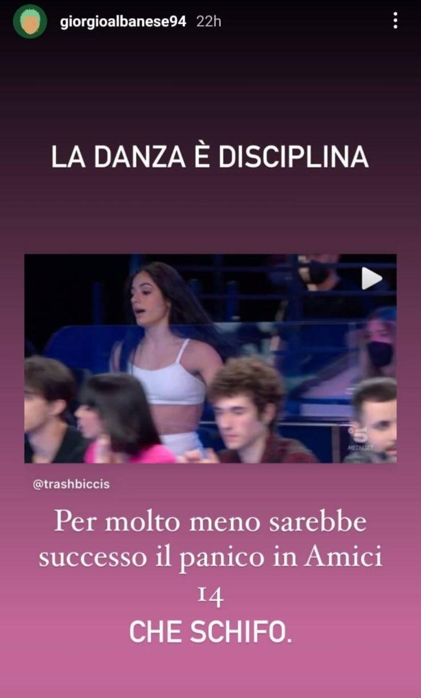 Amici 20, durante la puntata del Serale di sabato 27 marzo, Rosa Di Grazia dopo alcune considerazioni di Alessandra Celentano, ha inveito contro la maestra: a parlare è un ex del talent