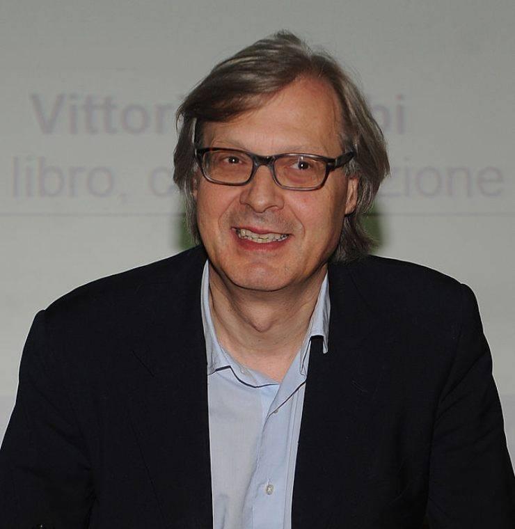 """Vittorio Sgarbi al programma radiofonico 'La Zanzara' ha rivelato: """"Ho un cancro alle p***"""", la confessione"""