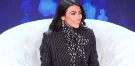 Giulia Salemi, il look per Live Non è la D'Urso ha incantato tutti: quanto costa il blazer?