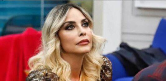 GF VIP 5, imprevisto in diretta per Stefania Orlando: cos'è successo
