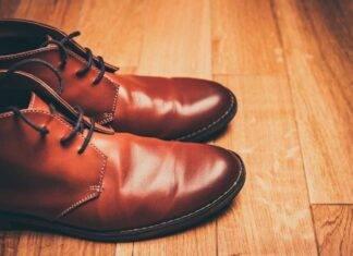 Scarpe stringate