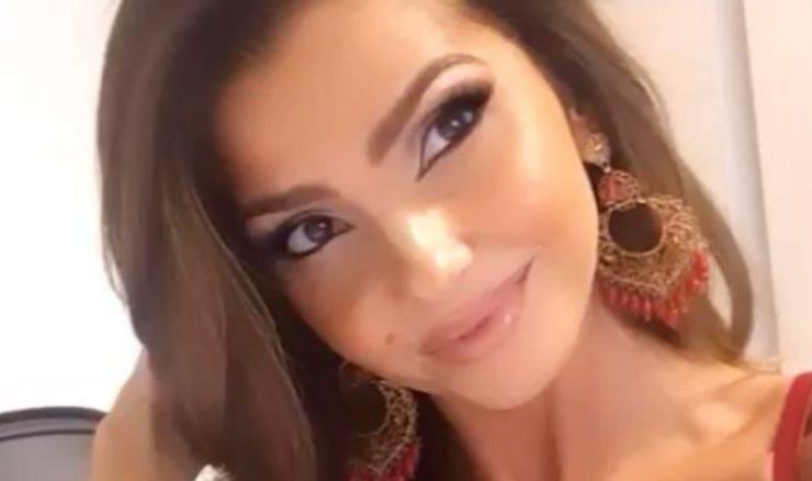 Manuela Ferrera sorella