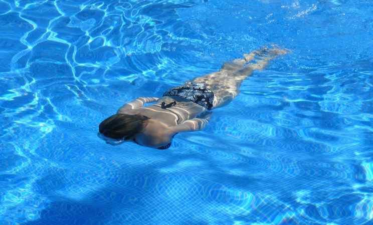 piscina riapertura coronavirus