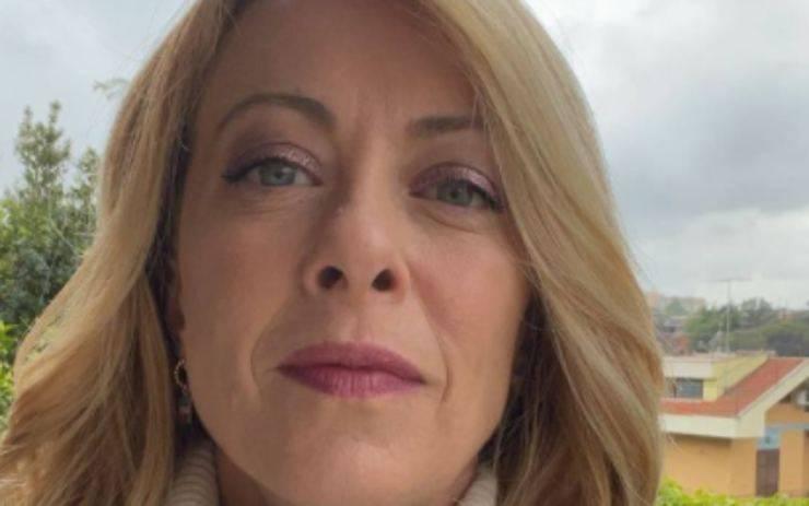 Giorgia Meloni titolo studio
