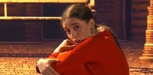 """Amici 20, parla la mamma di Giulia: """"Una volta è tornata in lacrime"""", il doloroso retroscena del passato"""