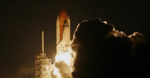 Come e dove seguire online la traiettoria del razzo cinese diretto sulla Terra