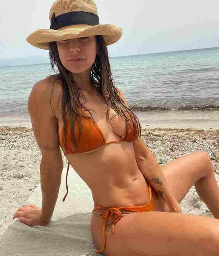 Elisabetta Canalis in Italia