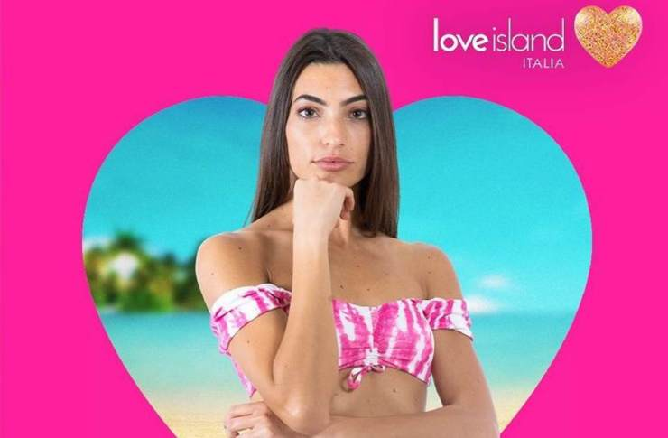 Love Island Monica