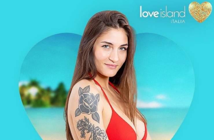 Love Island Rebeca