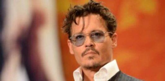 Johnny Depp, vedere sua figlia vi sorprenderà: si chiama Lily Rose ed è una vera dea