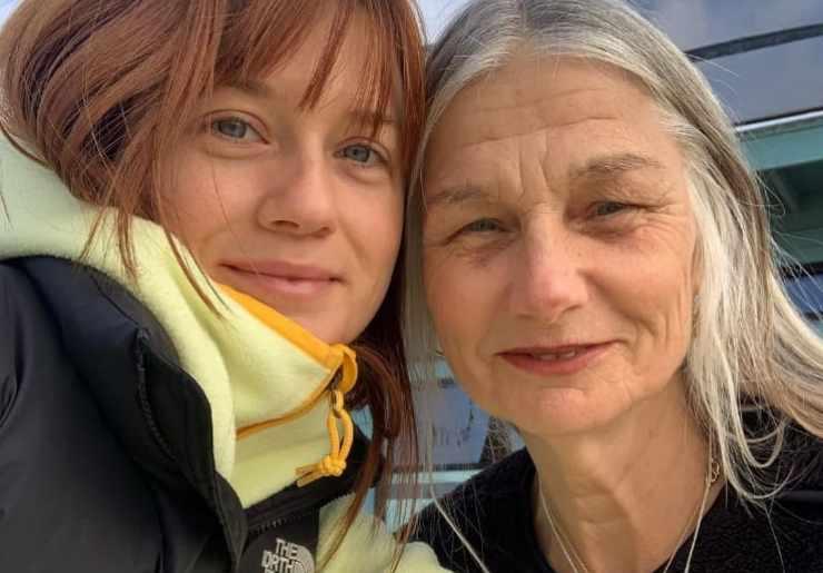 Bonnie Wright e mamma