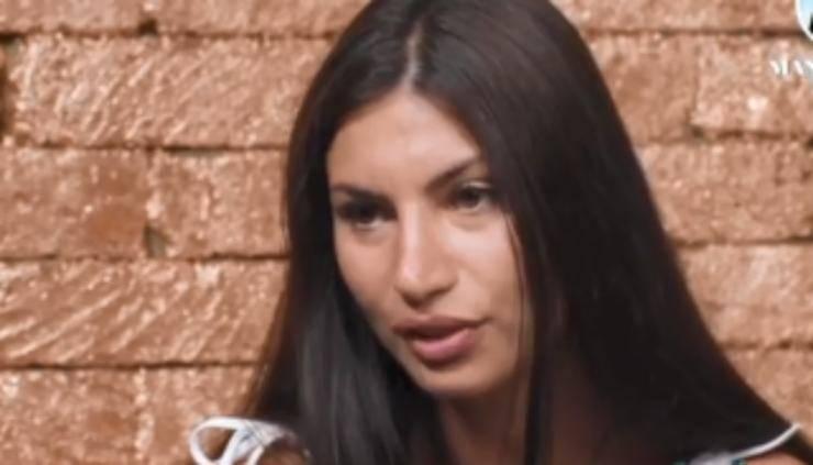 Manuela Temptation