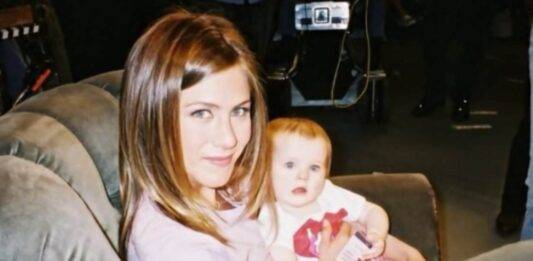 Ricordate la piccola Emma, la figlia di Rachel e Ross in Friends? Oggi ha 19 anni: resterete a bocca aperte