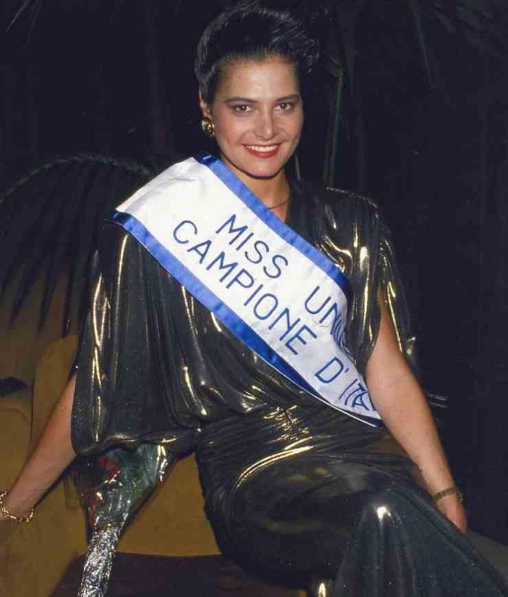 Simona Ventura Miss Universo