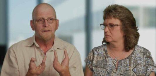 """Piedi al limite, """"Due grosse dita più un altro dito"""": la terribile malformazione di Glenn"""