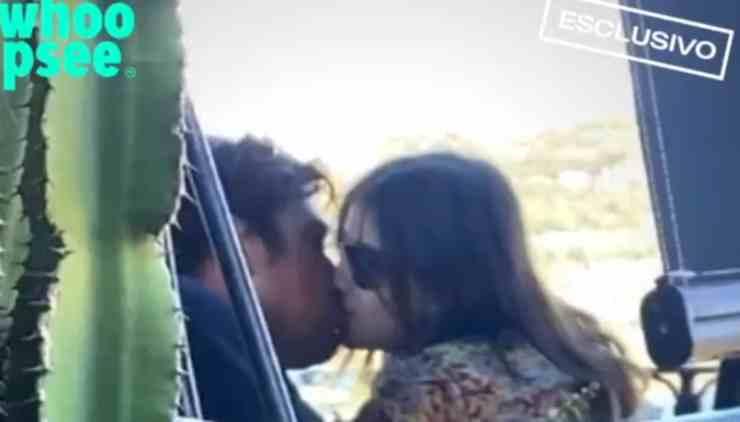 attori bacio