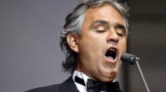 AndreaBocelli Andrea Bocelli: di nuovo padre per la terza volta