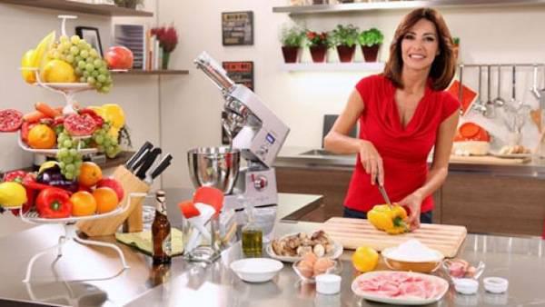 Emanuela folliero come benedetta parodi un programma di for Programma per progettare cucina