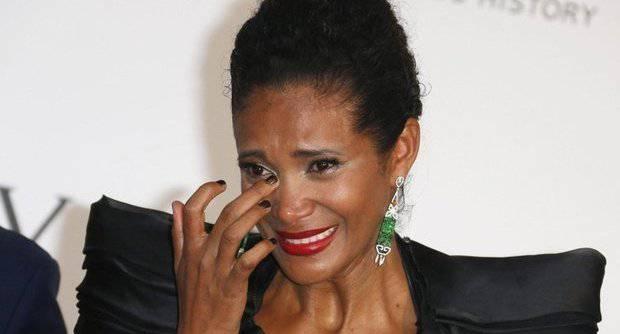 Denny Mendez scoppia in lacrime a Cannes