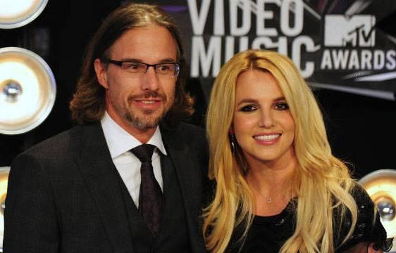 britney spears jason trawick Britney Spears: matrimonio rinviato con Jason Trawick per questioni legali