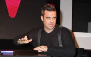 robbie_williams-586x371